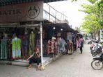 suasana-pasar-grosir-batik-setono-pekalongan-minggu-252021.jpg