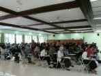 suasana-ujian-tulis-seleksi-penerimaan-mahasiswa-baru-polines-kelas-kerjasama-pln-jumat-313_20170331_131811.jpg
