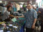 sudirman-said-berkunjung-ke-pasar-di-tegal_20180221_131914.jpg