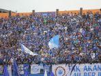 suporter-psis-penuhi-stadion-moch-soebroto-di-magelang-1-april_20180401_151202.jpg