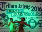 tari-semarangan-tribun-jateng-property-expo-part-ii-di-java-mall_20160802_175311.jpg