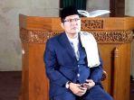 tausiah-ditulis-oleh-kh-cholil-nafis-ketua-komisi-dakwah-majelis-ulama-indonesia_20170531_094449.jpg