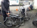 tiga-orang-meninggal-dunia-akibat-kecelakaan-sepeda-motor-di-jalan-cihanjuang.jpg