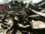 tiga-rumah-tinggal-puing-setelah-seorang-suami-di-banjarmasin-nekat-membakar-rumah-mertuanya.jpg