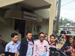 tim-advokasi-serikat-karyawan-pt-semen-indonesia-laporkan-gunritno_20161102_182323.jpg