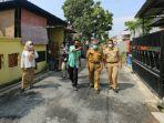 tim-dinas-kesehatan-kabupaten-tegal-melakukan-pantauan-ke-beberapa-desa-yang-melaksanakan.jpg