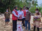 tim-palang-merah-indonesia-pmi-kabupaten-pati-menyerahkan-bantuan-sosial.jpg