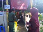 tps-07-kelurahan-bulu-lor-usung-tema-piala-dunia-2018_pilkada-jateng_20180629_200626.jpg
