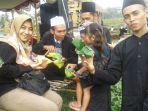 tradisi-tukar-nasi-ponggol-kabupaten-tegal.jpg