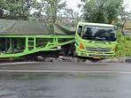 truk-trailer-tanpa-muatan-alami-kecelakaan-tunggal-di-tol-semarang.jpg