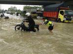 underpas-tol-pejagan-terendam-banjir-brebes_20170104_144335.jpg
