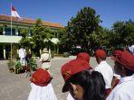 uniknya-upacara-hut-ke-73-ri-di-kelurahan-pleburan_20180817_211308.jpg