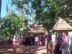 upacara-bendera-peringatan-ulang-tahun-ke-75-republik-indonesia-di-desa-wisata.jpg