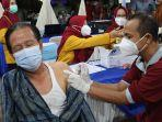 vaksin-untuk-lansia-di-pekalongan.jpg
