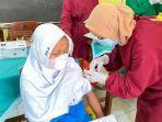 vaksinasi-covid-19-bagi-pelajar-di-kabupaten-tegal.jpg