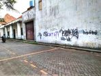 vandalisme-di-kota-lama-sermarang_20170502_180725.jpg