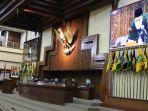 wakil-ketua-dprd-provinsi-jateng-sukirman-membuka-rapat-paripurna-jumat-256.jpg