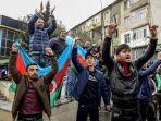 warga-aserbaijan-rayakan-perebutan-kota-shusha.jpg