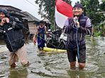 warga-desa-prampelan-demak-kebanjiran.jpg