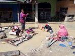 warga-kampung-lombo-kelurahan-bone-tua-kecamatan-masamba-luwu-utara.jpg