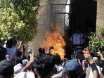 warga-meksiko-dibakar-hidup-hidup-karena-dituduh-sebagai-penculik-anak.jpg