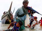 warga-rohingya-mengungsi-ke-bangladesh_20170911_224609.jpg