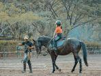 wisata-berkuda-santosa-stable.jpg