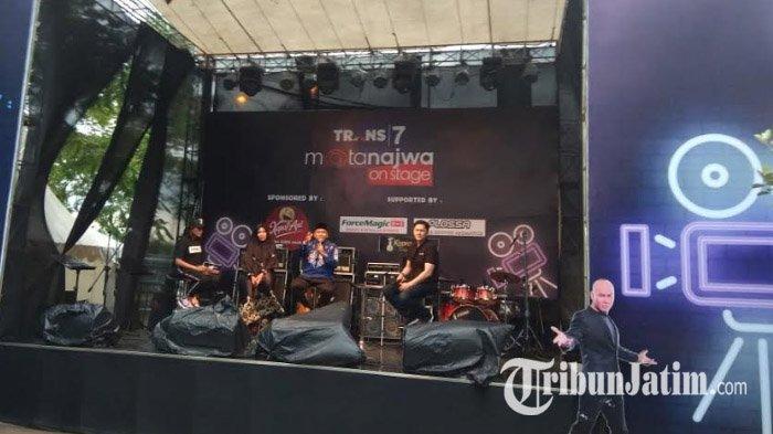 Mata Najwa On Stage Kediri Dihadiri 10 Ribu Penonton, Penulis Novel, hingga Gubernur dan Menteri