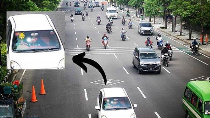 Adegan Dua Orang di Mobil Terekam CCTV di Surabaya, Sampai Diperingatkan Awas Terciduk, Ngapain Ya?