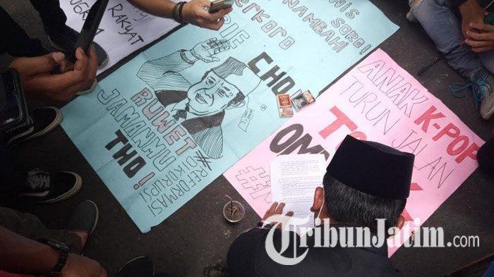 Wakil Ketua DPRD Tulungagung Berjanji Kawal Aspirasi Tolak UU Cipta Kerja, Massa Membubarkan Diri