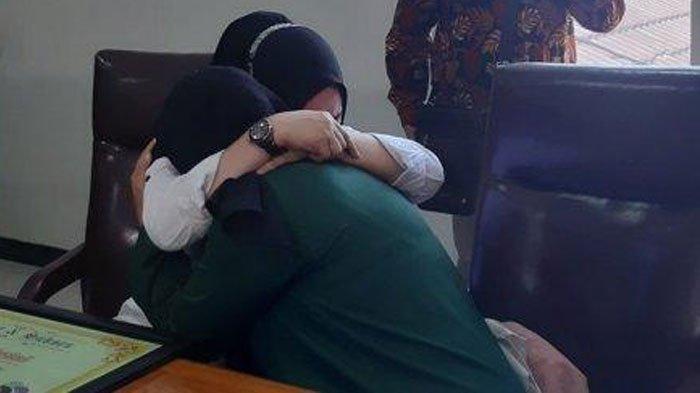 Tangis Anak yang Ngotot Penjarakan Ibu Kandung, Sumiyatun Minta Maaf: Tidak Ada Salah maupun Benar