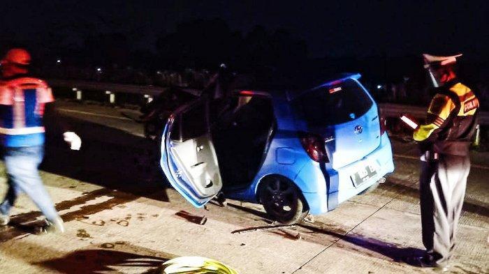 Diduga Mengantuk, Toyota Agya Seruduk Kendaraan Lain di Tol Gempas, Satu Tewas di Lokasi Kejadian