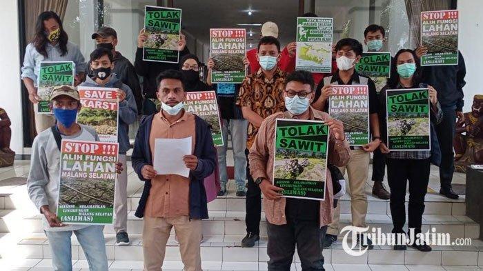 Penanaman Kelapa Sawit di Malang Selatan Secara Masif Timbulkan Gelombang Protes
