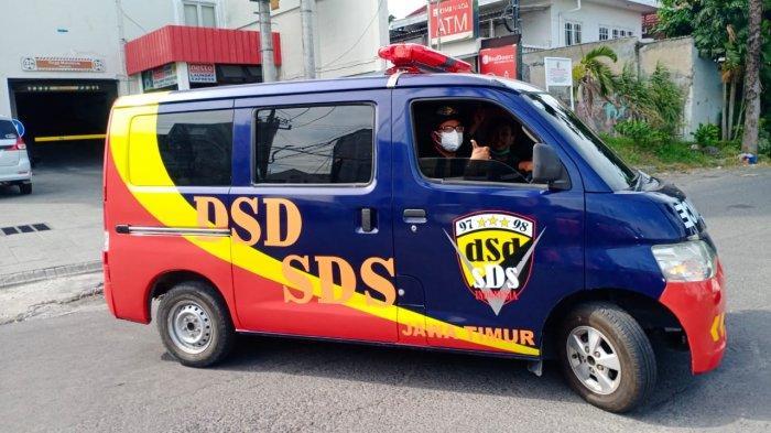 Berangkat Dari Kegelisahan, Bergerak Untuk Kemanusiaan, Polisi Ini Bikin Ambulance Gratis