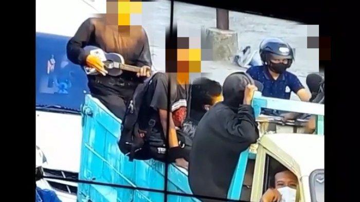 Viral Anak Punk Naik Truk Acungkan Jari Tengah Tak Terima Diingatkan Petugas ATCS Dishub Kediri