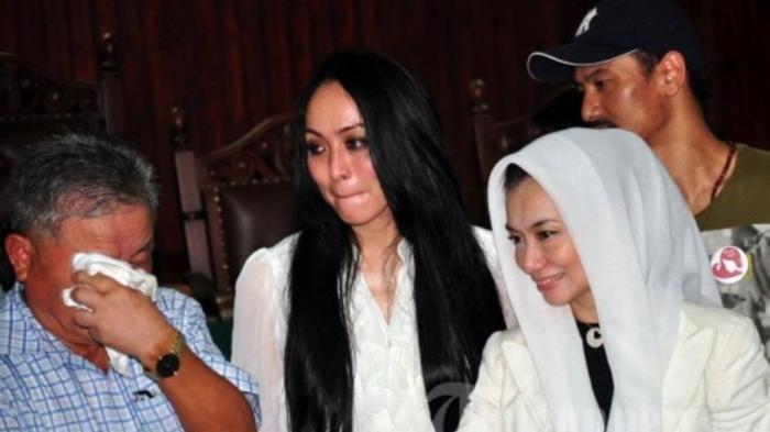 Terkuak Permintaan Terakhir Adjie Massaid, Soal Reza Artamevia Bukan Angelina, Aaliyah: Ibu Gak Bisa