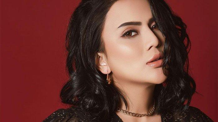 Nasib Anggita Sari Ingin Secantik Kendall Jenner Malah Diduga Kena Malpraktik: Benangnya Keluar Gini