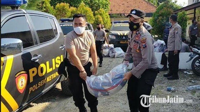 Polres Sampang Distribusikan 52 Ton Beras Kepada Masyarakat Terdampak PPKM Darurat