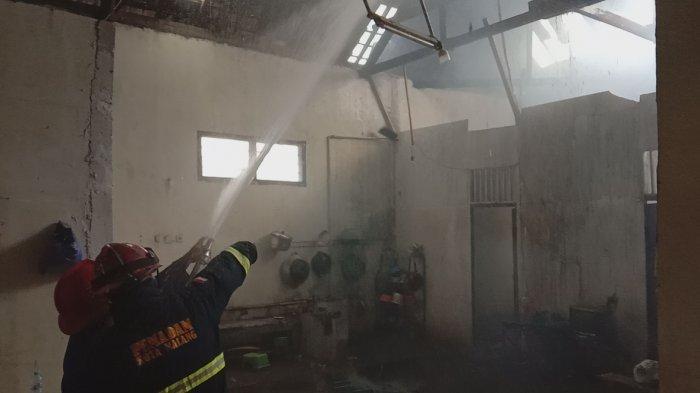 Gas Elpiji di Malang Bocor Saat Memproduksi Bakso, Dua Rumah Dan Satu Gudang Terbakar