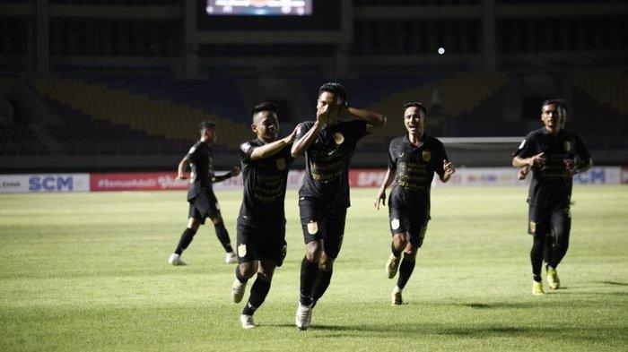 Usai Gagal Bawa PSIS Semarang ke Semifinal Piala Menpora, Fandi Eko Utomo Jadi Pelatih di Surabaya
