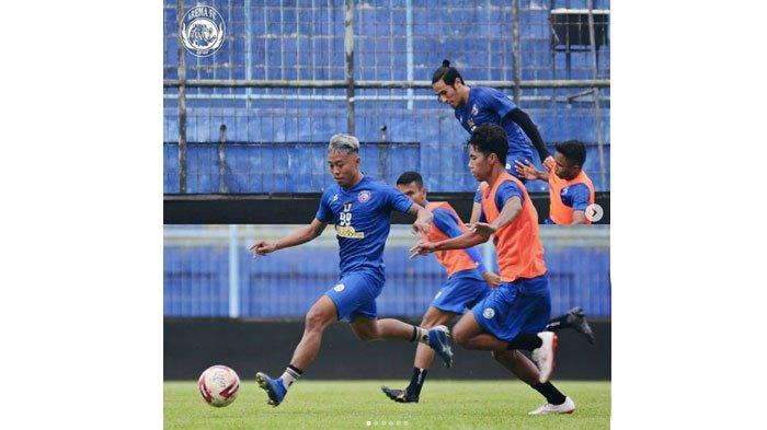 Arema FC Gelar Latihan Terakhir di Bulan Ramadan, Tim Pelatih Ingatkan Jangan Malas