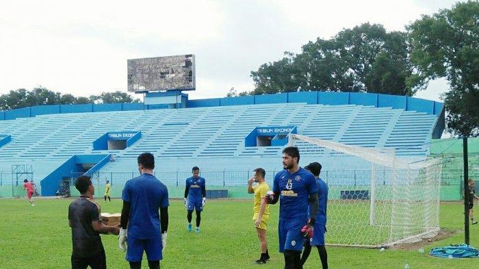 Arema FC Datangkan Eks Pelatih Kiper Timnas Indonesia U-19, Felipe Americo Turun Pangkat?
