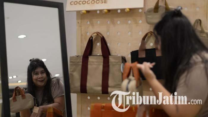 Muda Berkarya, Arlia Rachmawati Ciptakan Produk Lokal Cocogoose, Ada Tas, Pouch Hingga Card Wallet