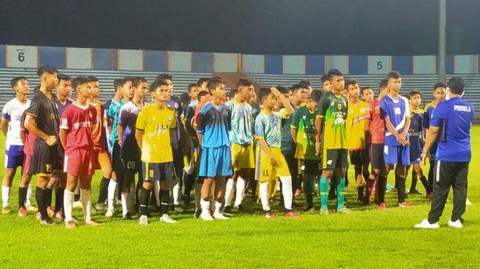 Isi Waktu Libur, Asisten Pelatih Persela Bantu Seleksi Timnas U-16 se-Karesidenan Bojonegoro: Takjub