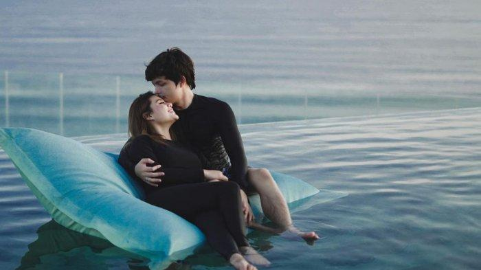 Atta Halilintar dan Aurel saat bulan madu romantis