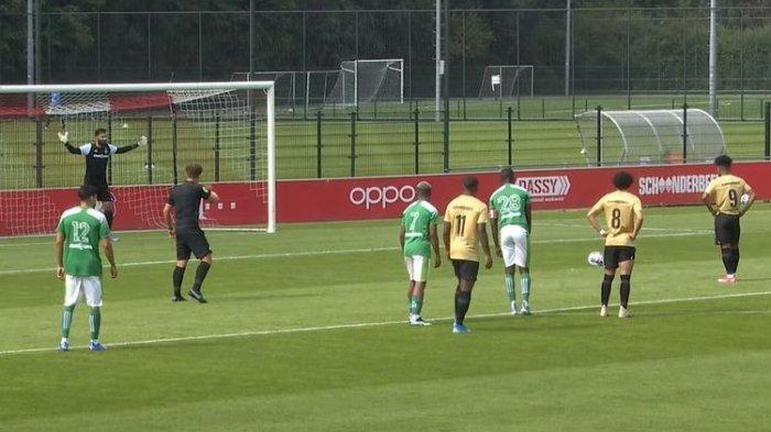 VIDEO - Gol Debut Bagus Kahfi yang Bawa Jong Utrecht Pesta Gol
