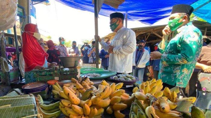 Blusukan ke Pasar Kalanganyar Sidoarjo, BHS-Taufiqulbar Berjanji Perbaiki Fasilitas Jika Terpilih