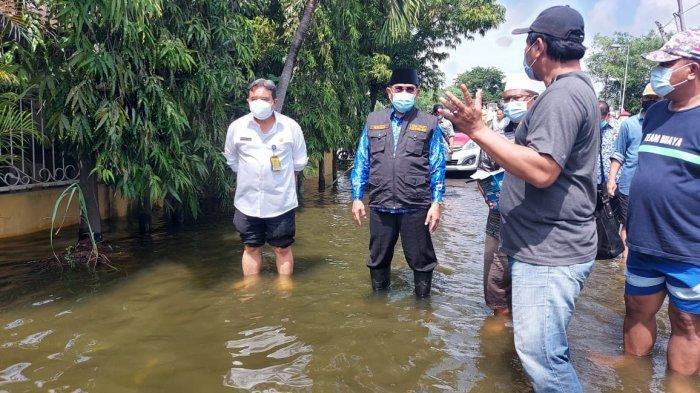 Banjir Masih Mengepung Sidoarjo, Pemerintah Siapkan Pengungsian untuk Warga