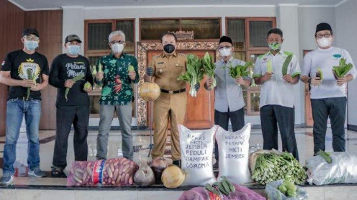 Petani Kabupaten Jember Sumbang Cabai dan Sayur Mayur ke Pemkab, Gotong Royong Tangani Covid-19