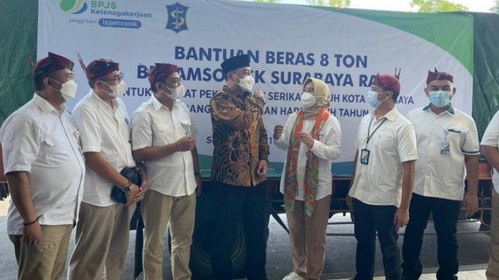 Sambut Ramadan 2021, BPJAMSOSTEK Surabaya Rungkut Salurkan Bantuan Beras untuk Buruh